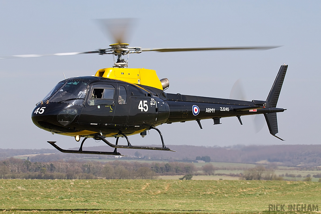 Eurocopter Squirrel HT2 - ZJ245 - DHFS