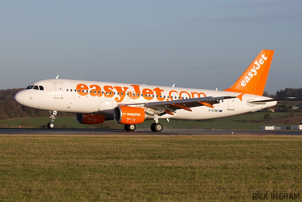 Airbus A320-214 - G-EZWD - EasyJet