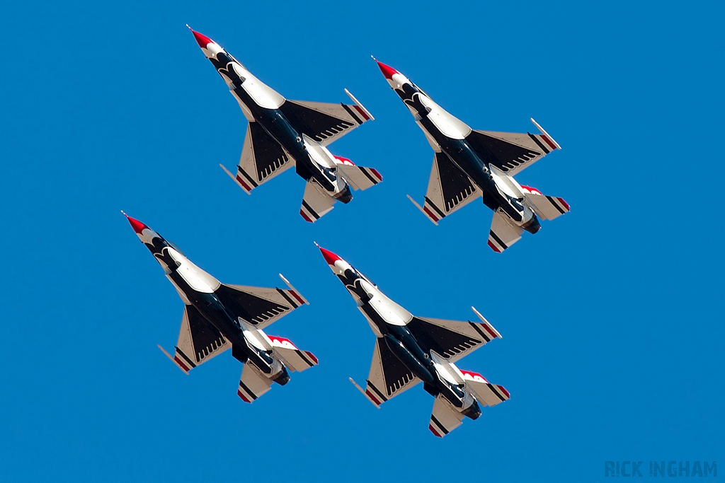 Lockheed Martin F-16C Fighting Falcon - USAF | Thunderbirds