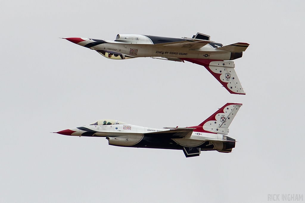 General Dynamics F-16C Fighting Falcon - 91-0392/5 + 92-3898/6 - USAF | Thunderbirds