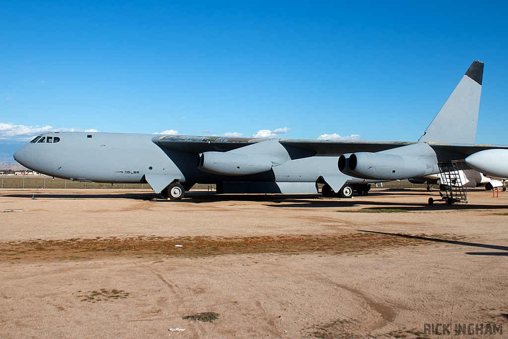 Boeing GB-52D Stratofortress - 55-0679 - USAF