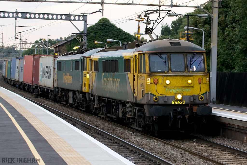 Class 86 - 86622 and 86613 - Freightliner