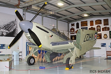 Fairey Firefly TT4 - VH127 - Royal Navy