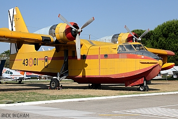 Canadair CL-215-I - UD.13-1/43-01 - Spanish Air Force