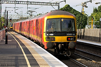 Class 325 - 325001 - Royal Mail