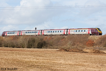 Class 220 - 220017 - Cross Country Trains
