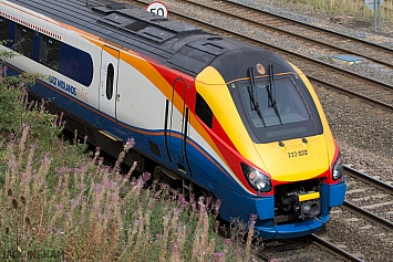 Class 222 - 222022 - East Midlands Trains