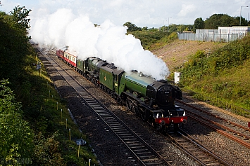 LMS Royal Scot Class - 6100 'Royal Scot' + LNER Class A3 - 60103 'Flying Scotsman'