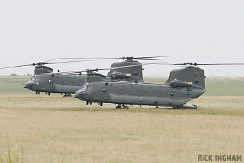 Boeing Chinook HC2 - ZA705/AN and ZD574/DB - RAF